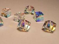 Swarovski Elements Perlen Würfel 6mm diagonal gebohrt Chrystal ABB beschichtet Vorteilspack 4
