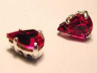 Swarovski Elements Steine im Aufnähkessel mit 4 Löchern 8x5mm Fuchsia