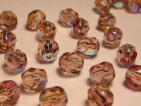 Glasschliffperlen 6mm Light Amethyst irisierend 50 Stück