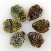 Unicorne Blattförmige Glasperlen Spring Green, 1 Stück