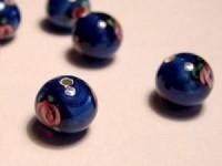 Glasperlen rund dunkelblau Röschen 8mm