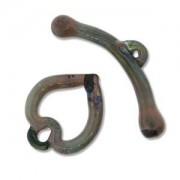 Glass Toggle Herz Olivine 26-29mm 1 Stück
