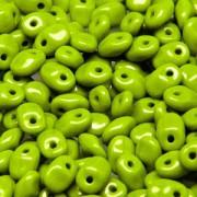 Glasperlen Superuno Beads 2,5x5mm UN0553410-38 Opaque Green ca 22gr