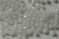 Glasschliffperlen 3mm White Opal 100 Stück