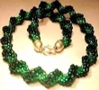 Perlenset Häkelkette Cellinigrün