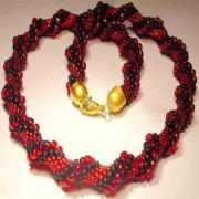 Perlenset Häkelkette Cellini schwarz rot