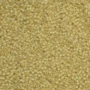 Miyuki Delica Beads 1,6mm DB0382 matt transparent pale Topaz 5gr