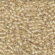 Miyuki Delica Beads 3mm DBL1560 opaque ceylon Honey Beige 6,8 Gr.