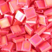 Miyuki Tila Beads 5mm matt opaque rainbow Red TL0408FR 7,2gr