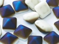 Pyramid Beads 12mm Chalk White Azuro matt 5 Stück