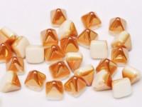 Pyramid Beads 6mm Alabaster Apricot 10 Stück