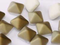 Pyramid Beads 12mm Chalk White Valentinite matt 5 Stück