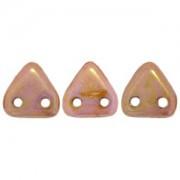 Zwei Loch Dreieckperlen 18 6mm opaque luster Rose Gold Topaz ca 10 gr