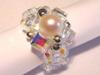 Perlenset Ring mit Swarovski Elementswürfeln und Süßwasserperle
