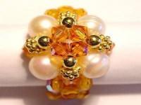 Perlenset Ring mit Süßwasserperlen, vergoldeten Kugeln und Swarovski Elementsperlen