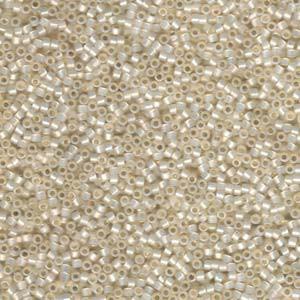 Miyuki Delica Beads 1,6mm DB1451 transparent pale luster Amethyst ca 5gr