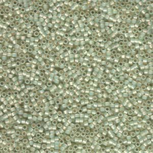Miyuki Delica Beads 1,6mm DB1453 silverlined opal  pale Lime ca 5gr