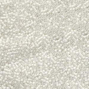 Miyuki Delica Beads  1,6mm DB0066 inside colorlined Crystal White 5gr
