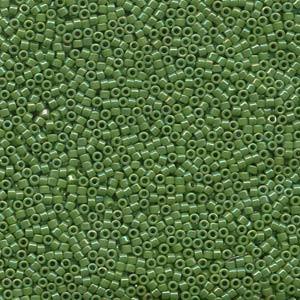 Miyuki Delica Beads 2,2mm DBM0163 opaque rainbow Green 7,2 Gr.