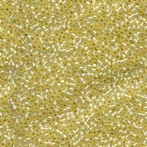 Miyuki Delica Beads 2,2mm DBM0623 silverlined alabaster Light Yellow 7,2 Gr.