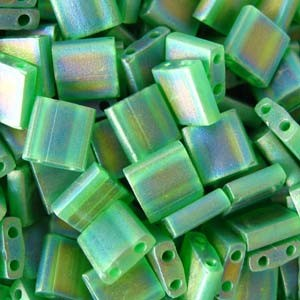 Miyuki Tila Beads 5mm transparent matt irisierend Green TL0146FR 7,2gr