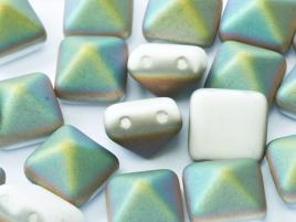 Pyramid Beads 12mm Chalk White Vitrail matt 5 Stück