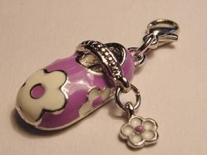 Charms Babyschühchen Juni Karabiner purple 9x18mm